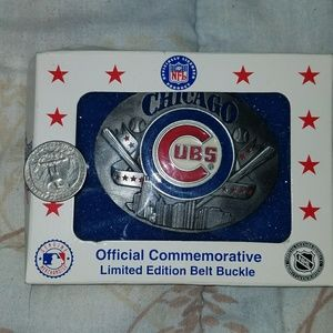 New in box Chicago Cubs belt buckle